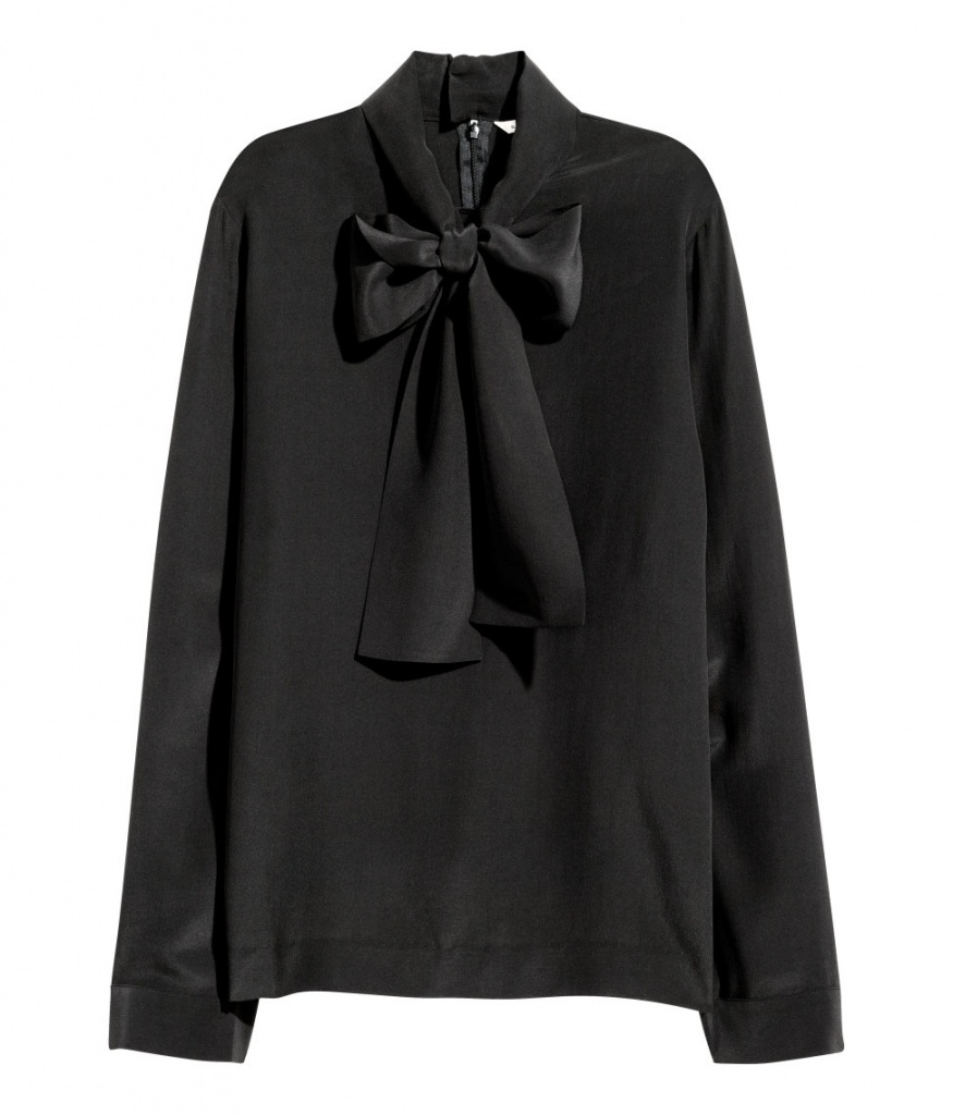 H&M blouse - musthave